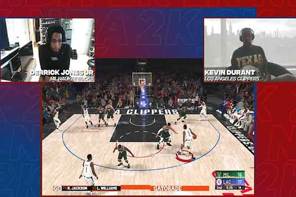 Derrick Jones Jr. vs Kevin Durant เจอกันในเกมส์ NBA 2K Player only